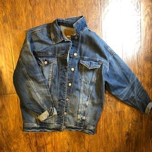 NWT oversized Denim Jacket American eagle